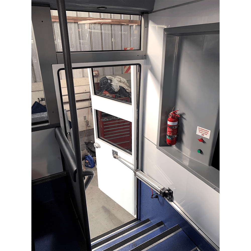 coachworkcentral_portfolio_bus_iveco-2021-inside-stairs